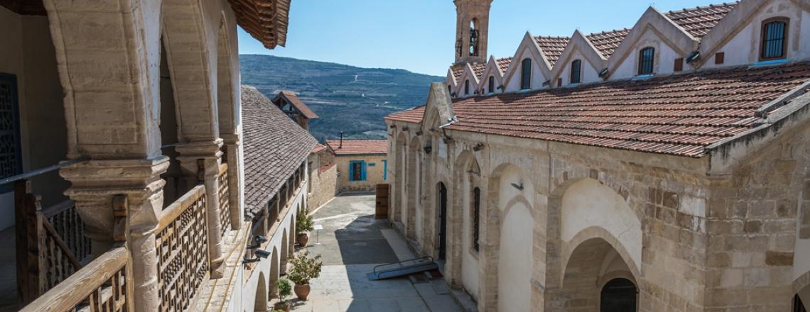 Монастырь Святого Креста, Омодос, Лимассол