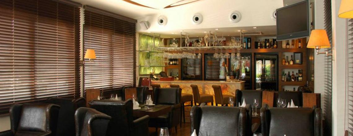 Neon Phaliron Restaurant, Mediterranean cuisine in the center of Limassol