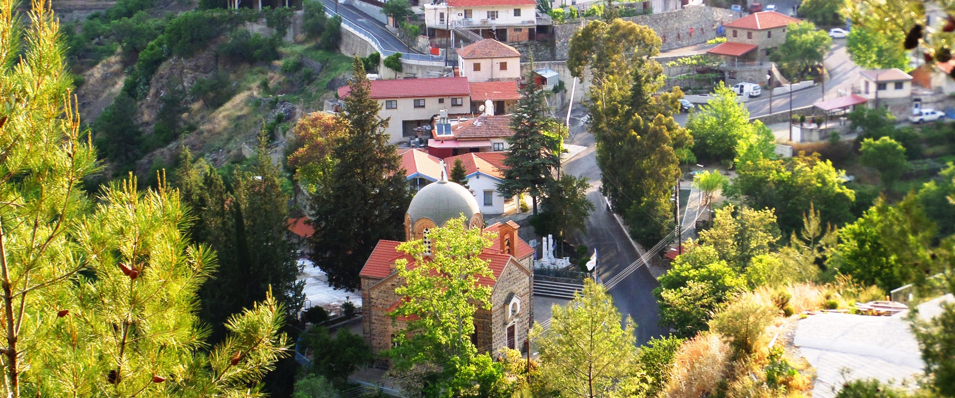 Речная история: деревня Потамитисса и водопад Месапотамос с достопримечательностями