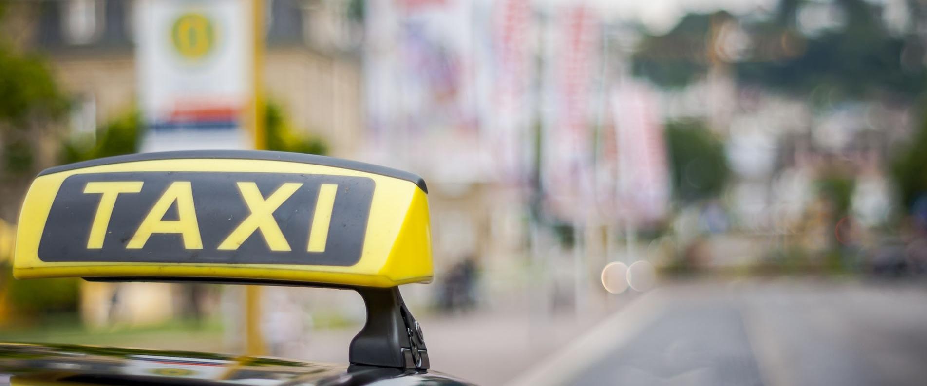 Общественный транспорт на Кипре: автобусы, «трэвэл» такси и такси